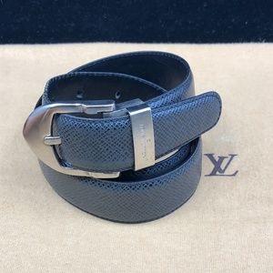 LV847 Taiga Leather Classique Belt